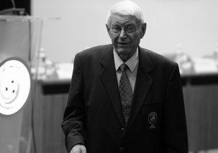 """Nicolae Rainea, cel mai titrat arbitru român, a murit la 81 de ani. """"Am vorbit cu el acum o săptămână, spunea că ce trăieşte este un dar de la Dumnezeu"""""""