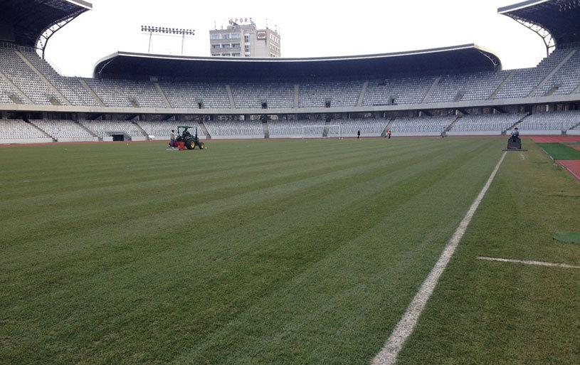 România şi-a mutat antrenamentul oficial pe stadionul CFR-ului, pentru a proteja gazonul de pe Cluj Arena. Spaniolii nu au ieşit din hotel