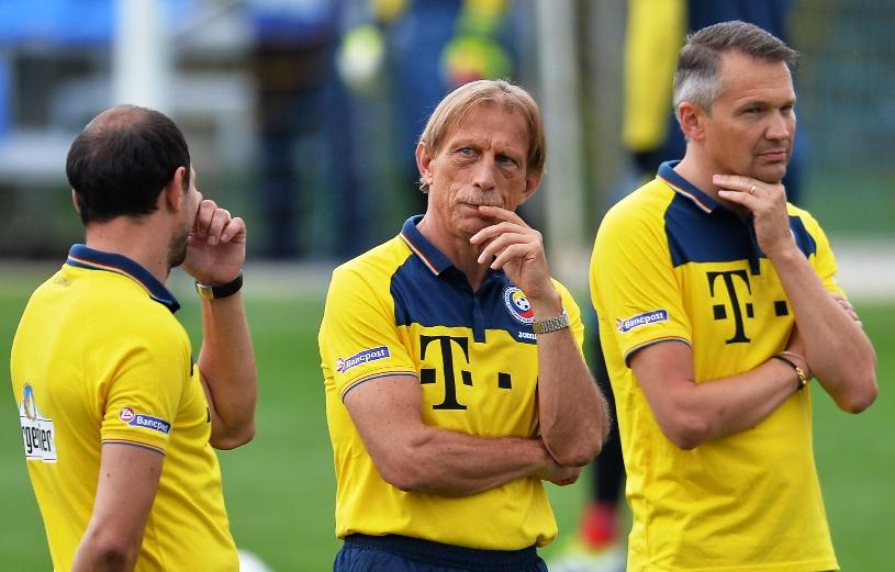 """Unul dintre jucătorii importanţi ai naţionalei are probleme medicale: """"Este incert, rămâne de văzut dacă putem să-l recuperăm până la meciul cu Danemarca"""""""