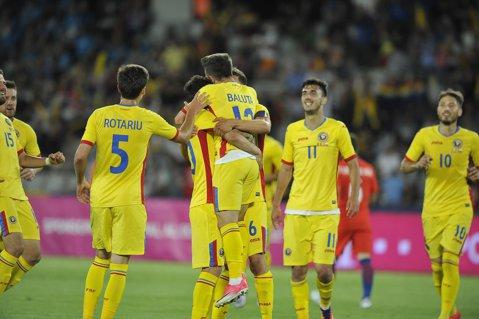 VIDEO | Daum a anunţat lotul pentru meciurile cu Armenia şi Muntenegru. Surprizele mari din echipa României: un jucător revine după şase ani la naţională