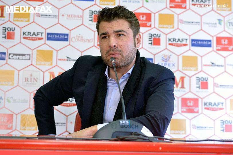 """Momentul în care străinii ne laudă, iar ai noştri ne dau în cap. Advocaat: """"Steaua are un parcurs bun în Europa!"""". Adi Mutu: """"Suntem jos, o arată şi echipele româneşti"""""""