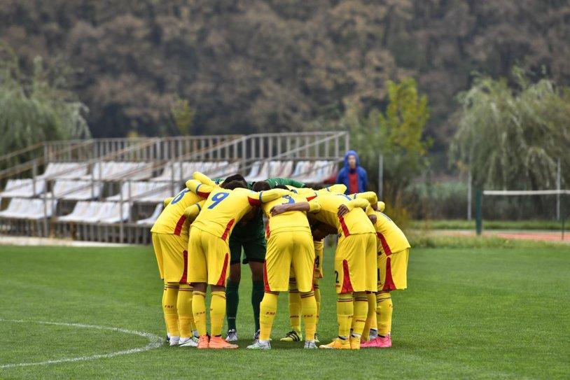 Naţionala U15 a României a suferit o nouă înfrângere în faţa Turciei, scor 1-0. A jucat şi fiul unui fost mare jucător al tricolorilor
