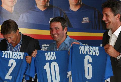 """Mai pleacă Dan Petrescu din România? FRF: """"Noi l-am invitat să fie selecţioner. E nemulţumit de arbitraj, dar mulţumit va fi doar antrenorul care ia titlul"""""""