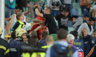 """Cosmin Moţi, erou naţional în Bulgaria. Patronul lui Ludogoreţ anunţă: """"Va primi un bonus, iar un sector din noul stadion îi va purta numele"""". Chipciu, dorit de campioana Bulgariei: """"Aş vrea să-l cumpăr"""""""