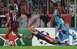 S-au săturat de simulările lui Robben. Graham Poll propune ca olandezul să fie suspendat dacă mai încearcă să trişeze
