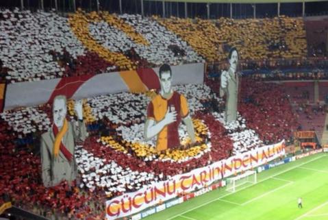 Galata a oferit imaginea serii în Liga Campionilor. FOTO | Coregrafie impresionantă a turcilor, în partida cu Dortmund