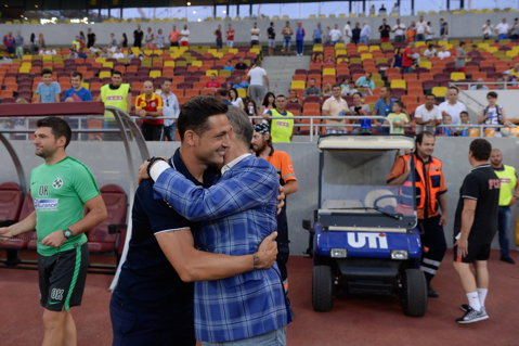 """Gigi Becali a dezvăluit salariul pe care-l are Mirel Rădoi la Steaua: """"Nici pe ăştia nu-i ridică"""". Transferul care l-a impresiont pe omul de afaceri din Pipera"""