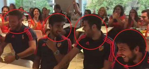 Asta înseamnă să ai noroc la tragerea la sorţi! VIDEO EPIC Cum au reacţionat jucătorii Valenciei când au văzut în ce grupă au picat