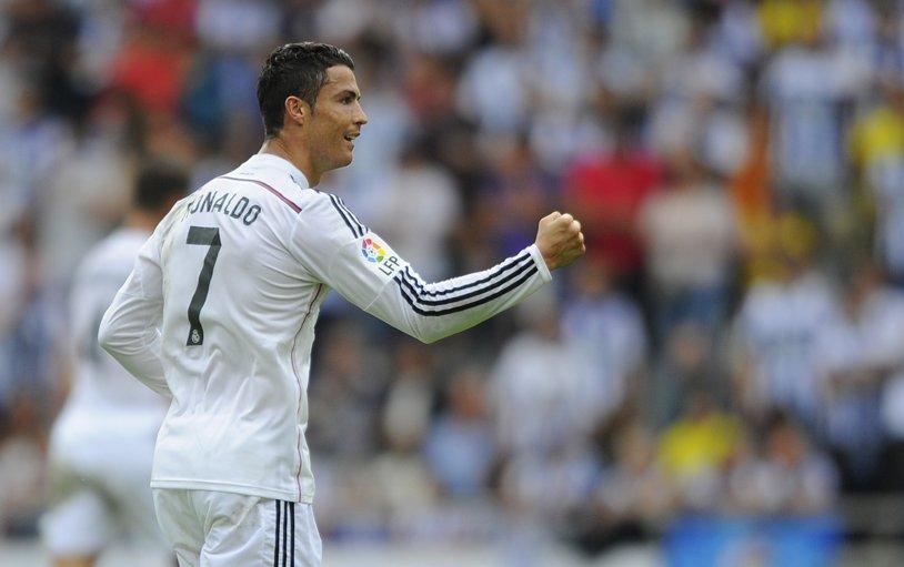 FOTO | Moment superb oferit de Ronaldo la meciul cu AS Roma. Ce surpriză i-a făcut unei fetiţe:)