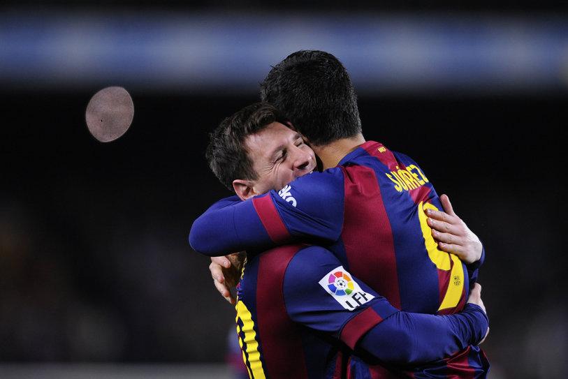 FOTO | Messi a scos-o din minţi. O cunoscută sportivă britanică şi-a spart televizorul în timpul meciului Arsenal - Barcelona 0-2