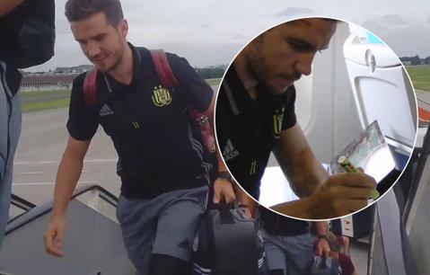 Chipciu, gata să debuteze pentru Anderlecht în Champions League! Fostul stelist a făcut deplasarea în Rusia. VIDEO Cum a fost filmat în avionul belgienilor
