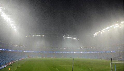 Partida dintre Manchester City şi Monchengladbach, amânată din cauza ploii, se va juca miercuri