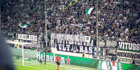 FOTO | Banner-ul care a luat prin surprindere Europa: mesaj de susţinere pentru o echipă din România la meciul Barcelonei din Champions League