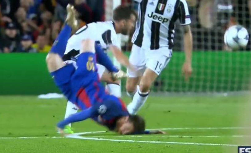 Momente delicate în meciul dintre Barcelona şi Juventus: Messi a căzut îngrozitor | FOTO cu faţa tumefiată a starului argentinian