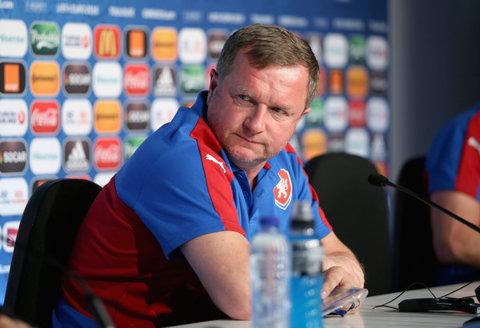 """Cehii s-au lovit de o problemă la venirea în România: """"Asta e, trebuie să suportăm!"""" Antrenorul Viktoriei Plzen a identificat cel mai mare pericol de la FCSB: """"Ne va fi foarte greu dacă va juca"""""""