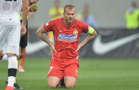 """Ce meci au văzut cehii? Presa lor acuză """"jocul agresiv"""" al fotbaliştilor FCSB, deşi Viktoria a primit mai multe cartonaşe galbene. Ţinta cehilor: Denis Alibec!"""