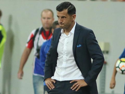 """Dezvăluiri despre cum pregăteşte Nicolae Dică returul cu Sporting: """"Este tensionat, dar are emoţii pozitive!"""" Asemănarea dintre meciul cu Sporting şi cel cu Standard Liege din 2006"""