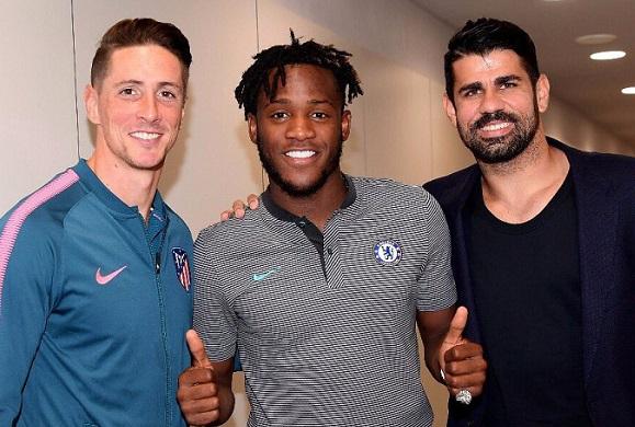 """Batshuayi l-a pus la colţ pe Diego Costa în doar câteva cuvinte, cu """"ajutorul"""" lui Fernando Torres. Mesajul prin care l-a făcut pe fostul coleg să se simtă inferior în faţa lui """"El Nino"""" s-a viralizat rapid"""