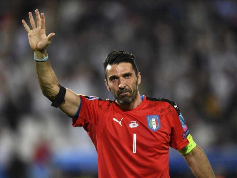 """""""E timpul să se retragă!"""". Buffon, criticat după ce a încasat prea uşor golul cu care Juventus a fost egalată de Tottenham, la Torino"""