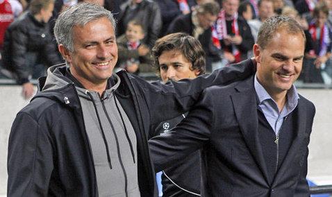 """L-a aşteptat """"să-şi rupă gâtul"""", apoi l-a taxat. Antrenorul numit de Mourinho """"cel mai prost din istoria Premier League"""" a ieşit la atac, după dezastrul lui United cu Sevilla: """"El e managerul care..."""""""