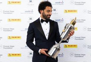 VIDEO | Salah, fotbalistul anului în Premier League! Egipteanul le-a luat faţa rivalilor şi a primit un mesaj amuzant de la Jurgen Klopp. Ce i-a transmis antrenorul în timpul ceremoniei