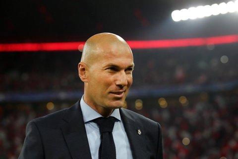 """Zidane, cuvinte mari: """"A fost incredibil! Are viteză, pase verticale, şut şi poate face diferenţa"""". Remarcatul lui """"Zizou"""" şi explicaţia pentru tactica de la Munchen"""