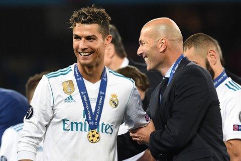 """Ronaldo a vorbit despre reacţia prin care a """"dinamitat"""" vestiarul Realului. CR7 a anunţat când va face anunţul oficial despre plecarea de la Real Madrid"""