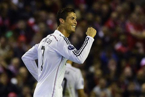 """FOTO   Armă pentru poarta Barcelonei. Cum arată noile ghete ale lui Ronaldo pentru """"El Clasico"""" de sâmbătă"""