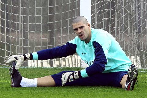 OFICIAL   Van Gaal îi acordă o şansă lui Victor Valdes. Ştirea a fost anunţată pe site-ul lui Manchester United