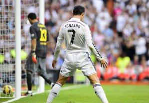 Real Madrid - Barcelona 3-1. Gazdele s-au distrat cu apărarea dezamăgitoare a catalanilor în finalul partidei