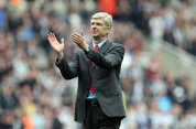 Wenger jubilează după 5 ani de aşteptare. Jucătorul pe care Arsenal l-a cumpărat în 2010 a primit permisul de muncă în Anglia