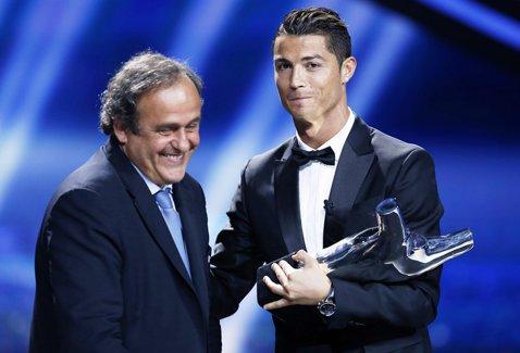 """Platini nu-l vrea pe Ronaldo: """"Balonul de Aur ar trebui să fie acordat unui campion mondial"""". Real Madrid i-a oferit o replică pe măsură şefului UEFA"""
