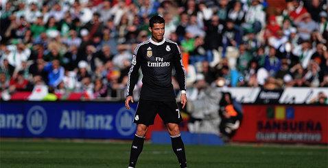 Cristiano Ronaldo poate scăpa cu doar o etapă de suspendare după eliminarea din meciul cu Cordoba. Ce a scris arbitrul în raport