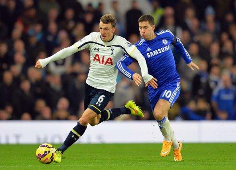 Chelsea a câştigat finala Cupei Ligii Angliei după ce a învins Tottenham cu 2-0. Chiricheş nu a fost convocat