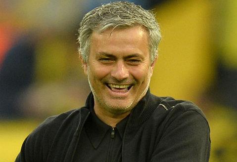 Pe teren, imediat după finala cu Tottenham, Mourinho a dat de urgenţă un telefon. Pe cine a sunat şi ce i-a spus