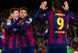 Contrast TOTAL. Cum au apărut Messi, Neymar şi Dani Alves după victoria din El Clasico. FOTO | Reacţia argentinianului din vestiar