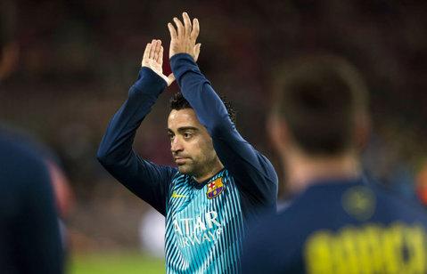 FOTO | Suporterii Barcelonei şi-au luat la revedere de la Xavi. Mijlocaşul spaniol, la ultimul meci pe Camp Nou