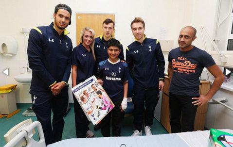 Şanse mici pentru Chiricheş să mai rămână la Tottenham. OFICIAL | Londonezii au transferat încă un fundaş central