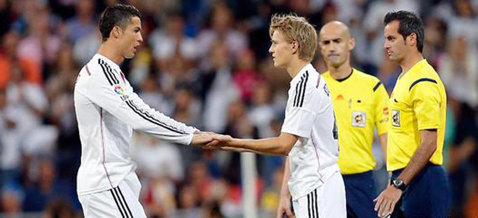 Odegaard, cel mai tânăr debutant din istoria Realului! Puştiul a intrat în locul lui Ronaldo şi a reuşit un meci perfect