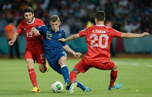 Paris Saint-Germain l-a împrumutat pe fundaşul Lucas Digne la AS Roma