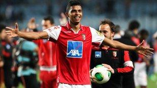 Valencia l-a achiziţionat pe brazilianul Aderllan Santos