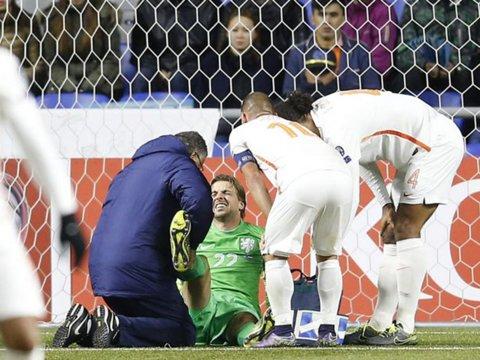Accidentarea horror a lui Krul umple conturile lui Newcastle. Clubul englez va fi despăgubit după ce portarul şi-a rupt piciorul pentru Olanda