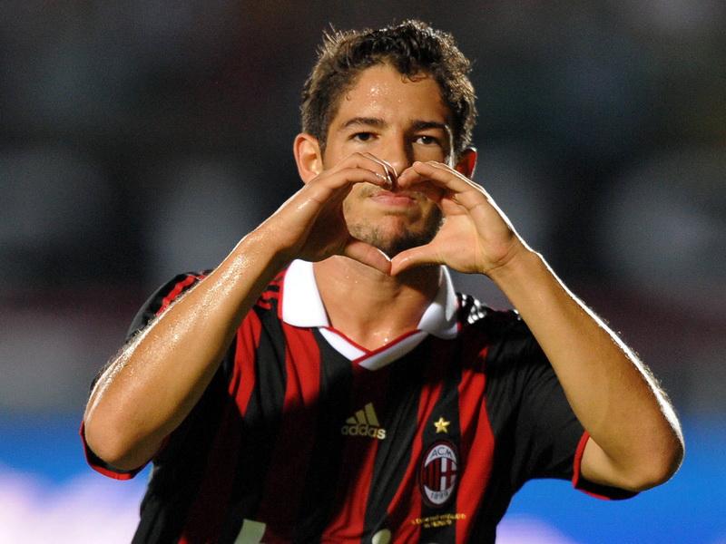 Transfer neaşteptat pentru Alexandre Pato. Un nou pas înapoi făcut de fostul atacant al lui AC Milan