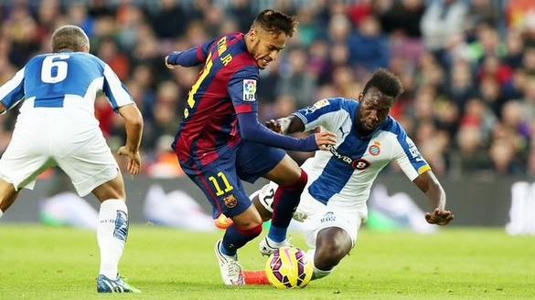 """Dezastru total pentru Gâlcă la a doua întâlnire cu """"extratereştrii"""". Două eliminări, patru goluri încasate şi mulţi nervi. Barcelona - Espanyol 4-1, iar jucătorii antrenorului român au nevoie de o minune în retur"""