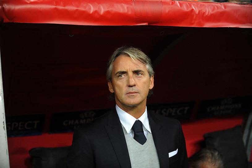 Meci cu scântei între Inter şi Napoli! Mancini spune că a fost numit homosexual de antrenorul lui Chiricheş! Ce riscă Sarri
