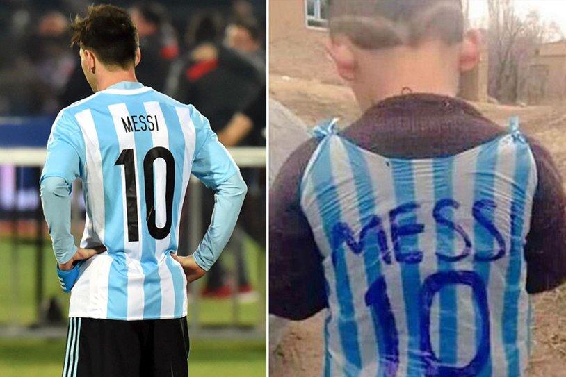 """SUPERB! Cum să transformi o PUNGĂ în tricoul idolului tău! Copilul din Irak devenit vedetă în toată lumea. """"Echipa lui Messi încearcă să-l găsească"""""""