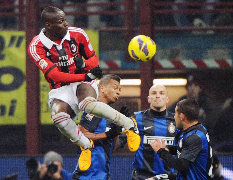 AC Milan s-a impus în Derby della Madodinna, 3-0 în faţa Interului. Elevii lui Mancini, îngropaţi de Icardi! Napoli, cu Vlad Chiricheş pe banca de rezerve, a revenit pe primul loc în Serie A