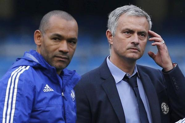 """Mourinho a semnat: """"The Special One"""" şi-a negociat intens contractul! Detalii: cât va câştiga la noua echipă şi când va sta pe bancă"""