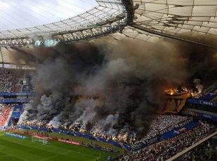 Au aprins stadionul! VIDEO | Fanii Legiei Varşovia au demonstrat de ce sunt printre cei mai buni din Europa, la finala Cupei Poloniei