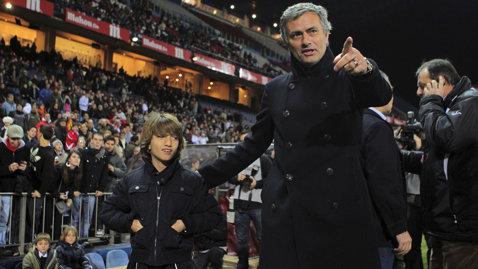 Fiul lui Jose Mourinho a prins transferul vieţii: a semnat cu o echipă din Anglia